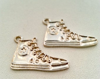 Free shipping!!! 10 pcs. Converse sneakers silver tone charms pendants 20x30 mm.,accessory,finding earring,bracelet,jewelry,jewelry making