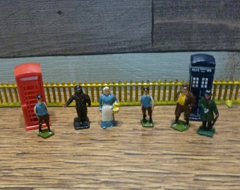 Vintage Hornby Lead Metal Railway Figures HO Gauge Telephone Box Britains Dinky