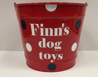 Dog toy bucket- Personalized dog Bucket- Monogrammed Bucket- 10 Quart Bucket- toy Bucket- Personalized pet Gift-dog toy storage bin