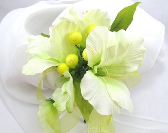 Gladiolus and Berry Silk Flower Corsage, Cream Gladiolus and Yellow Berry Wrist Corsage, Off white Pin On Silk Flower Corsage