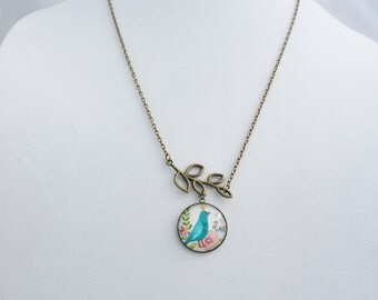 Bird glass cabochon pendant, Kawaii Necklace, Cute Necklace, Girly pendant, cabochon glass necklace. Vintage pendant.