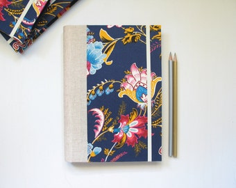 2016 - 2017 Weekly Planner in Dark Blue with Flowers - A5 size / Large size - made to order