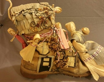 Folkart shoe cornhusk old woman who lived in a shoe.