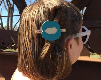 NEW!! Kiss Lips Hair Clips Makeout Blue