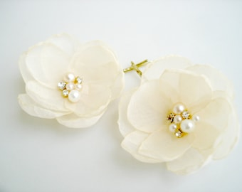 Cream  Flower Girl  Hair Clips, Gold Wedding Hairpiece, Flower Hair Pins, Wedding Bridal Hair Accessories