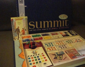 Summit by Milton Bradley 1961 Complete Vintage Global Strategy Board Game