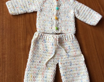 set of pants and jacket for babies