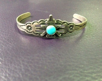 Navajo sterling silver cuff bracelet with torquise absolutely gorgeous