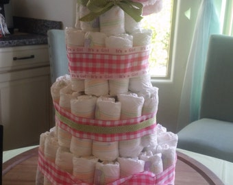 Gingham ribbon diaper cake