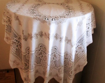 Beautiful  Flawed Lace Cloth Tablecloth, Vintage Tablecloth , Tablecloths, Lace Cloth Tablecloth With Flaws