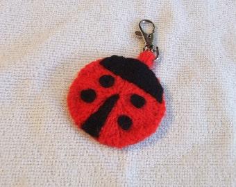 Knitted Ladybird/Ladybug keyring // charm