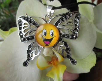 NECKLACE Butterfly cabochon smiley yellow