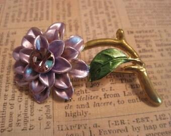 Vintage Brooch, Vintage Jewelry, Chrysanthemum, Flower Brooch, Purple Flower, Purple Rhinestone, Enamel Painted, Gold Tone