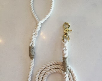 Natural color leash with your choice of whipping