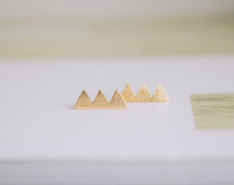 triangle stud earrings, gold triangle earrings, mountain earrings,  geometric studs, minimalist earrings, triple earring