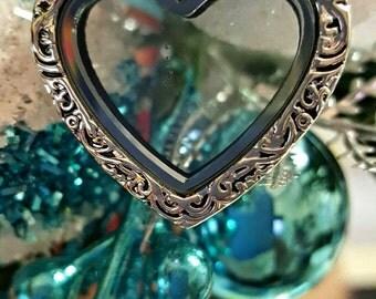 Heart Filigree Memory Locket Necklace
