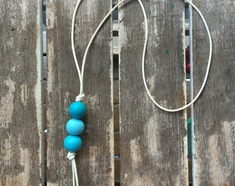 ombre blues pendant painted wooden bead necklace