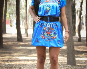 Mexican Embroidered Dress // Ballon Dress // Elastic Waist // Mexican Multicolored