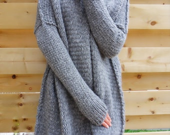Oversized/ Slouchy/ Chunky knit sweater. Alpaca blend sweater.