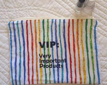 zip up bag