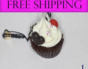 Cupcake Charm - Perfect for all kinds of crafting #1