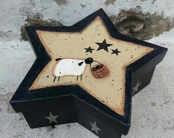 Primitive Rustic Star Shaped Paper Mache Box with Prim Sheep