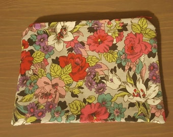 Floral and pink zippered pouch