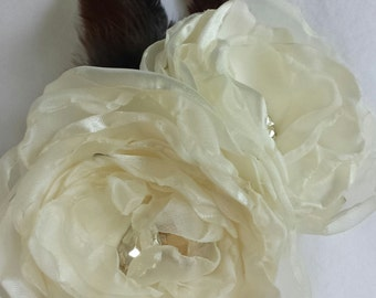 Wedding hair piece Bridal hair flower off white beige color