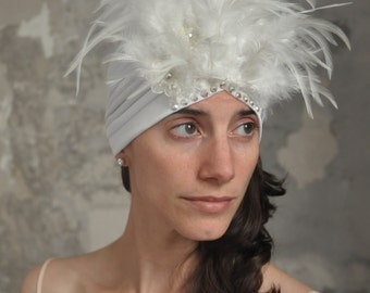 Vintage style wedding turban with feathers and crystals