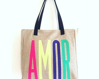 TOTE AMOR