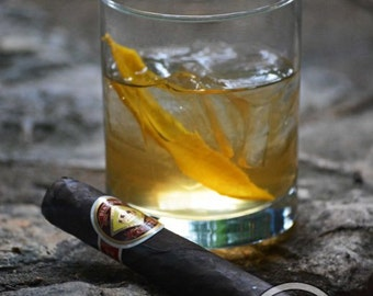 Cigar Photography Diamond Crown Maduro and Drink
