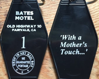 New Style! In Gold! PSYCHO BATES motel room 1 keychain, key fob horror Movie Prop