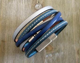 Bracelet leather blue / silver, magnetic clasp
