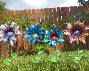 Metal Garden Art Flower Garden Stakes, Metal Garden Stakes, Wild Flower Garden Art, Yard decoration, New Vibrant Colors