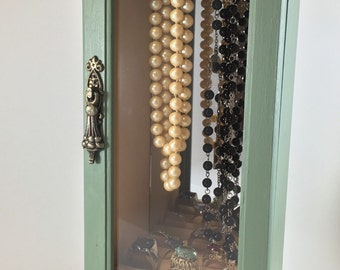 Vintage Moss Jewelry Box