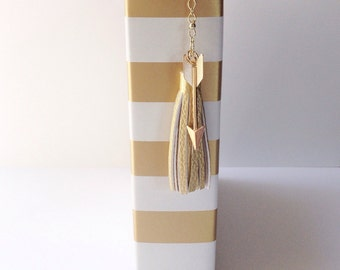 Faux gold leather TN planner/purse tassel with gold tone metal arrow charm
