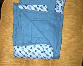 Blue arrow flannel