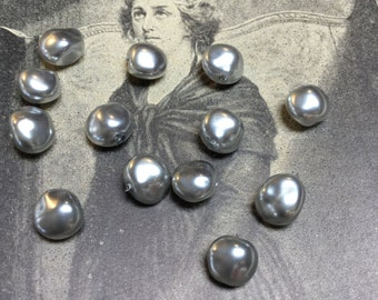 Vintage Glass Baroque Flat Pearl in Silver - 40 Pieces - #757