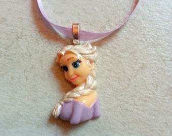 10 Pcs  Elsa  Necklaces Party Favors