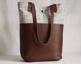 Shoulder bag leather and canvas