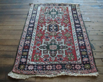Small persian rug Persian welcome rug Welcome mat Vintage colorful rug Small vintage persian rug Boho rug Pink Persian rug Persian carpet