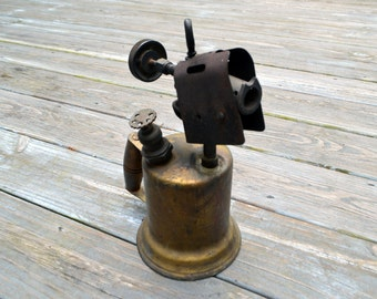 Vintage No. 87 Otto Bernz Blow Torch Quart