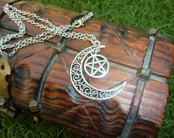 Fantastic medieval elvish necklace with the moon filigrees and Celtic knot