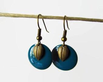Earrings enamel leaf brass