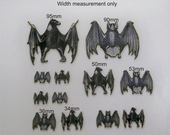 Bats with Two different designs A pack of 12