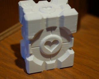 Companion Cube Single Deck Box