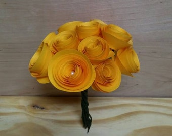 Yellow paper rose bouquet