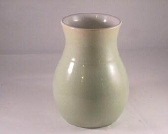 Vase in Crazed Celadon