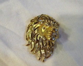 Stunning Gold Trifari Lion Head Brooch
