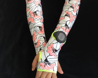 Arm warmer and running sleeve with watch access.